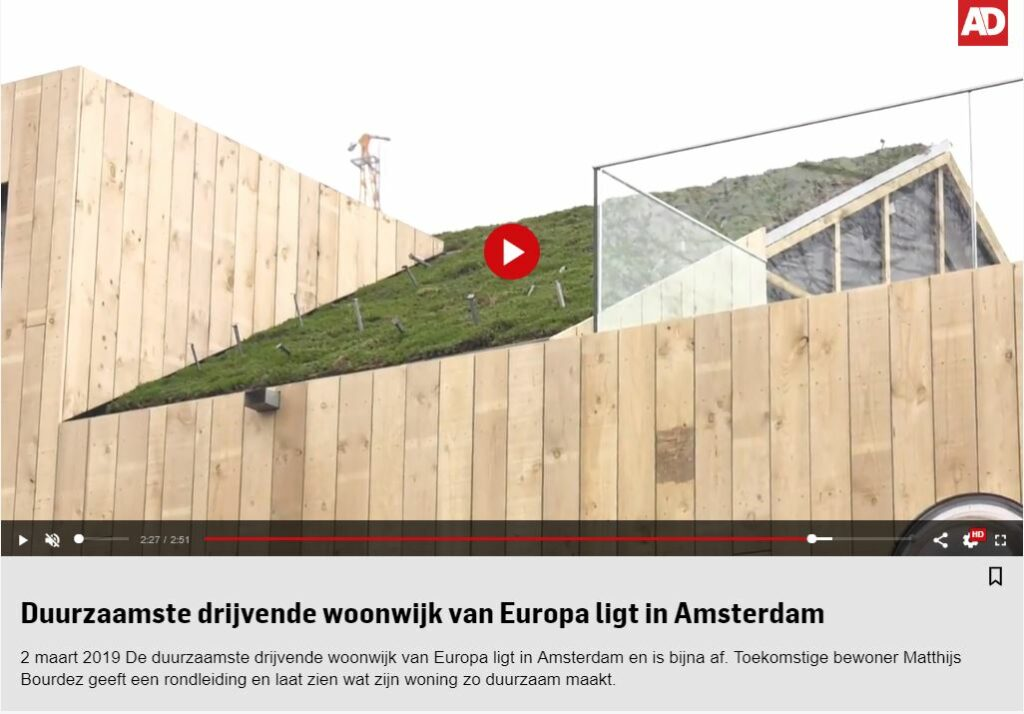 The most sustainable floating neighborhood  – Design of floating villas